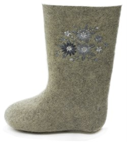 Обувь валяная Кукморская с вышивкой - фото 8878